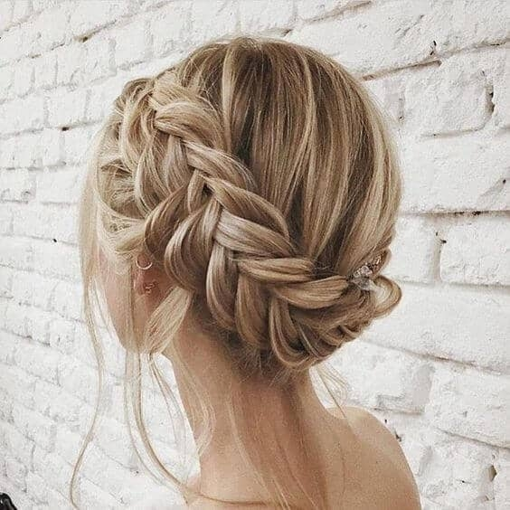 Best 27 braid hairstyles for short hair that are simply gorgeous Hair Up Braid Styles Ideas