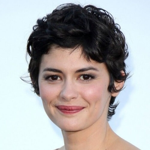 Stylish 50 perfect short haircuts for round faces hair motive hair Short Haircuts For Round Faces And Curly Hair Ideas