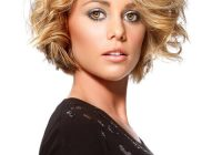 Trend 41 flattering short hairstyles for long faces in 2020 Short Haircut For Thick Hair And Long Face Ideas